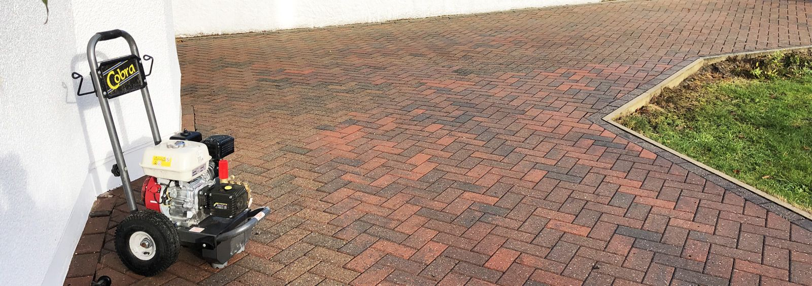 monoblock driveway cleaning service conwy